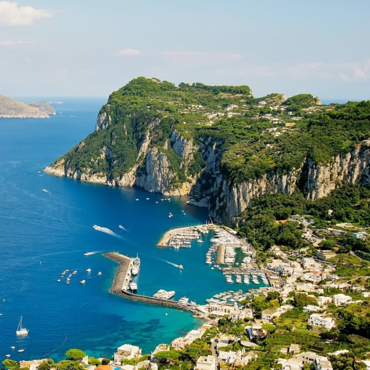 VIP Capri in One Day Tour from Rome