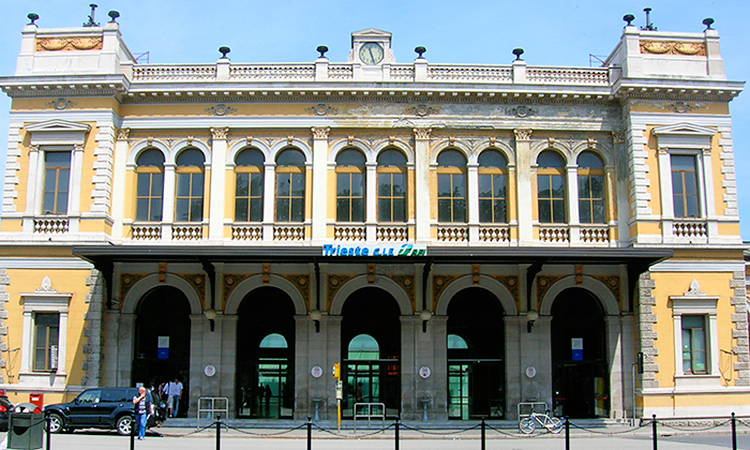 Guide to Trieste Train Station