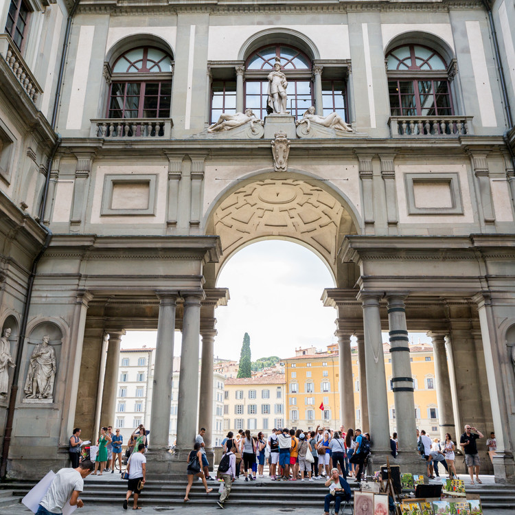 VIP Morning tour of Vasari Corridor & Uffizi Gallery Tour