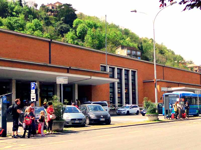 Como San Giovanni Train Station
