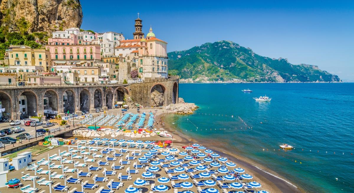 How To Enjoy Italy S Beaches Like A Local Italiarail