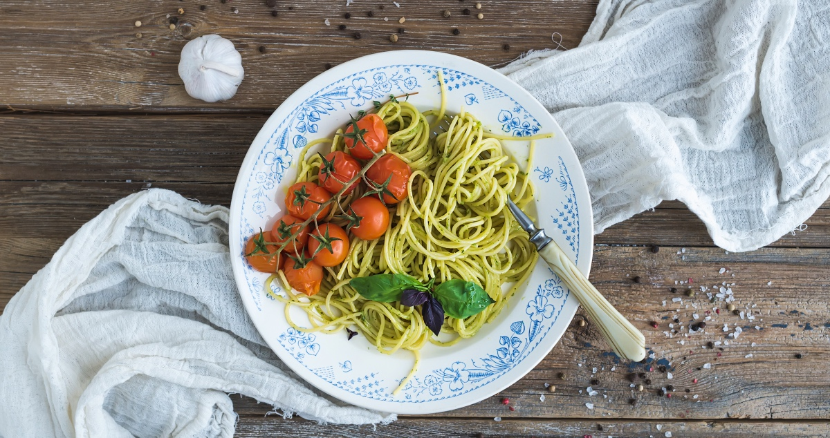 Spaghetti with Pesto. Italian Pasta