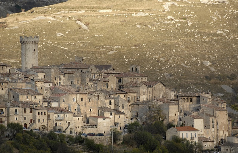 The town of Santo Stefano di Sessanio, Abruzzo, Italy