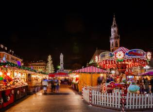 Christmas market in Bolzano, Italy. European Christmas Markets.